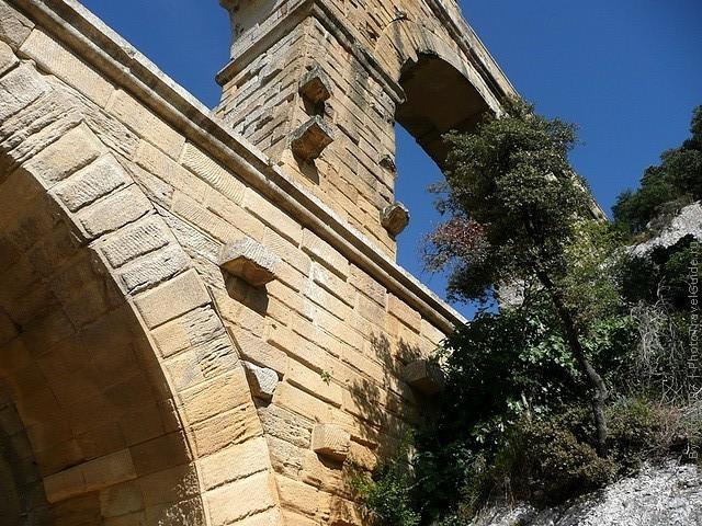 Акведук Пон-дю-Гар, найвищий давньоримський акведук, Франція (13)