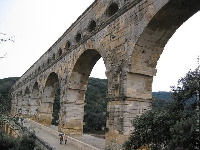 Акведук Пон-дю-Гар, найвищий давньоримський акведук, Франція (14)