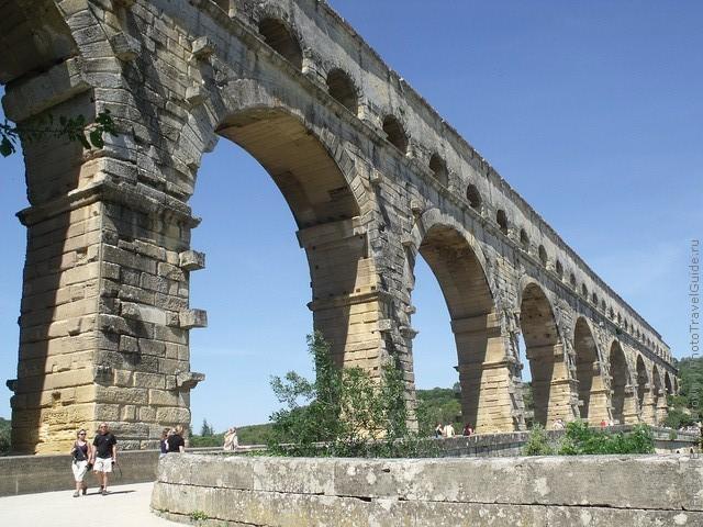 Акведук Пон-дю-Гар, найвищий давньоримський акведук, Франція (15)