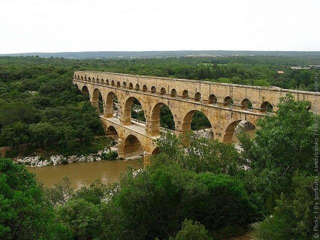 Акведук Пон-дю-Гар, найвищий давньоримський акведук, Франція (16)