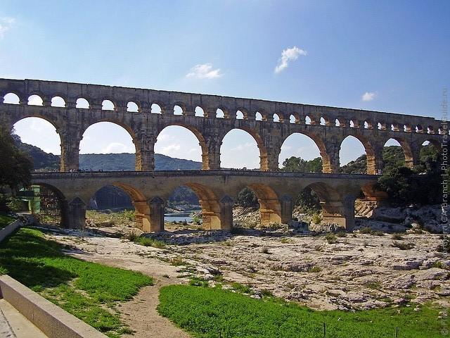 Акведук Пон-дю-Гар, найвищий давньоримський акведук, Франція (17)