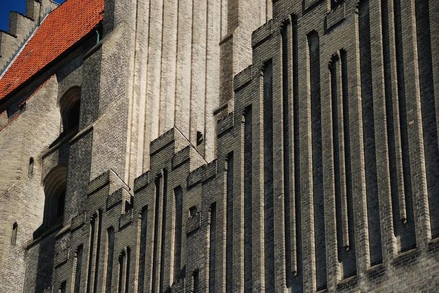 Церква Грундтвіга і її оригінальна архітектура, Данія (7)