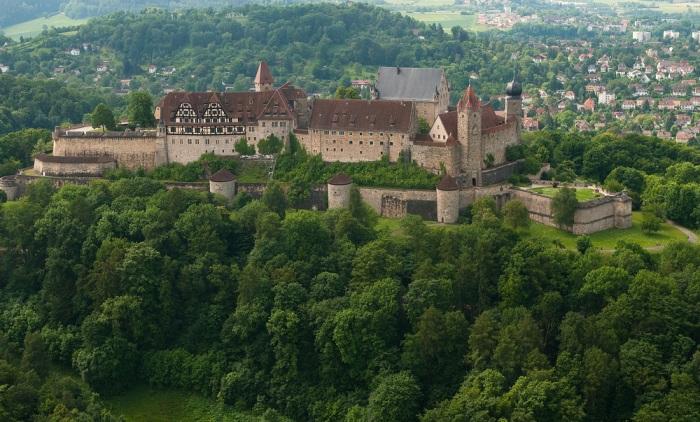 Фортеця Фесте Кобург, одна з найбільших фортець Німеччини (3)