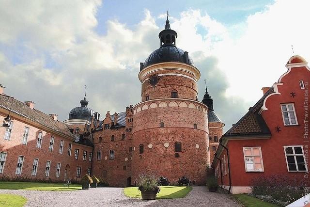 Старовинний замок Гріпсгольм, що на березі мальовничого озера Малар, Швеція (фото) (5)