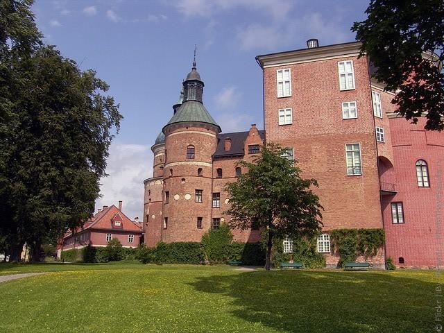 Старовинний замок Гріпсгольм, що на березі мальовничого озера Малар, Швеція (фото) (6)