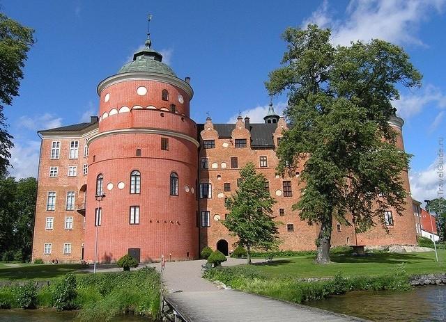 Старовинний замок Гріпсгольм, що на березі мальовничого озера Малар, Швеція (фото) (8)