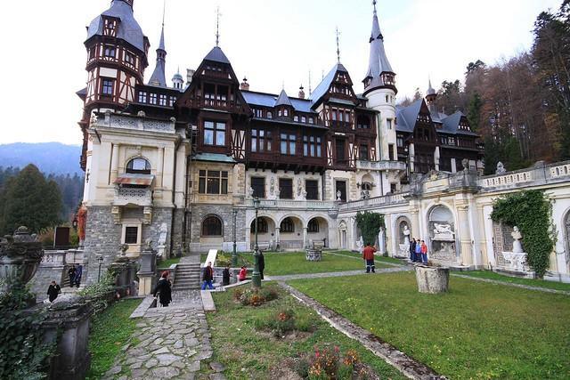 Теги замки замки європи румунія