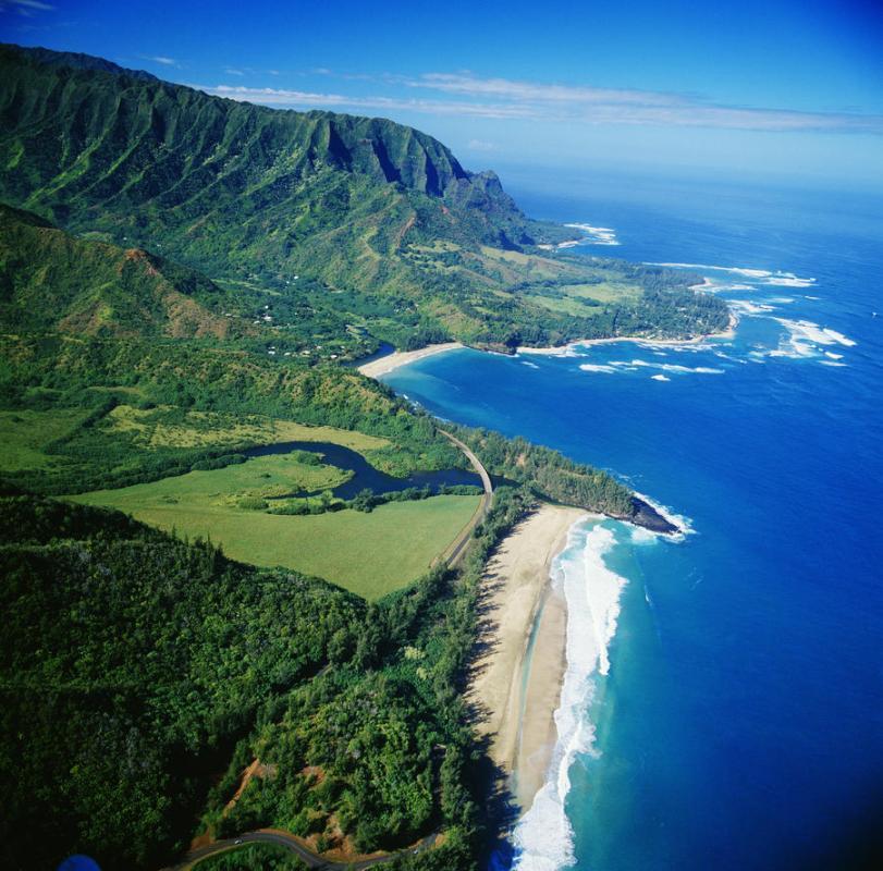 Island-Bali-Indonesian-Coast