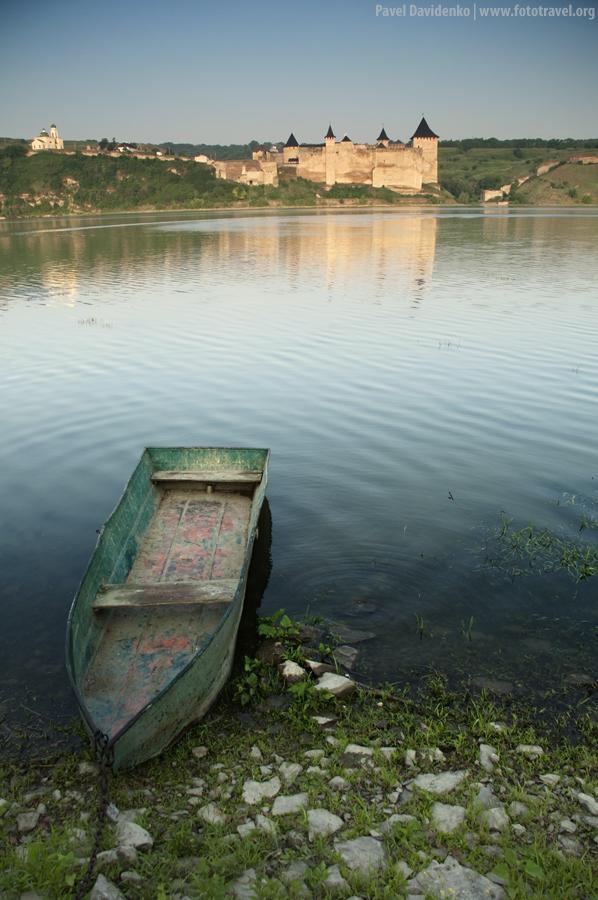 Castle Khotin. Dawn.