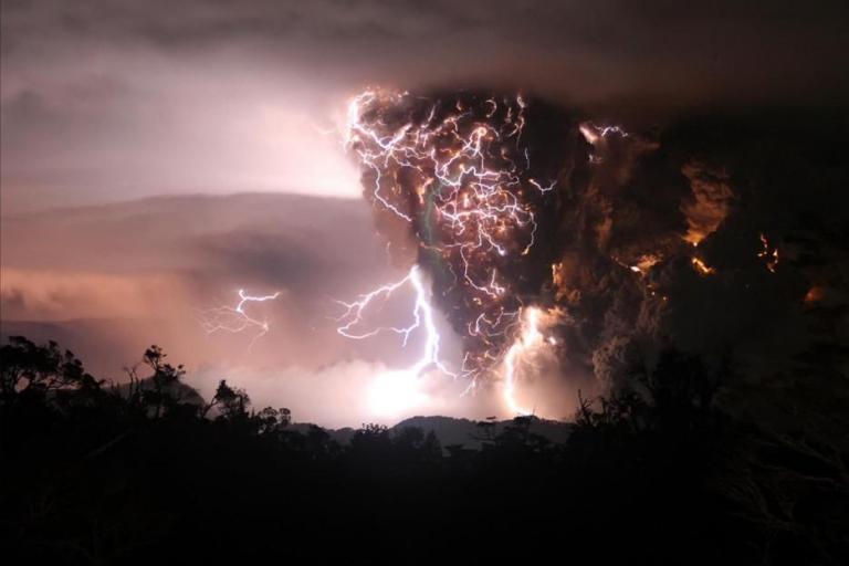 Thunderstorms08 35 прекрасних фото, що демонструють міць і красу стихії