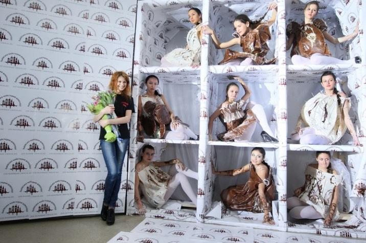 Шоколадний показ від дизайнера Уляни Барабаш у 2011 році