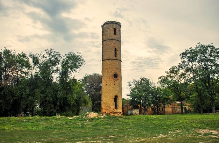 башта для спостереження за зірками і місяцем