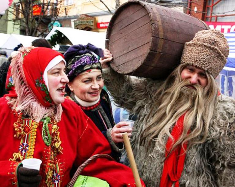 На фестивалі Червоного вина  фото: УНІАН