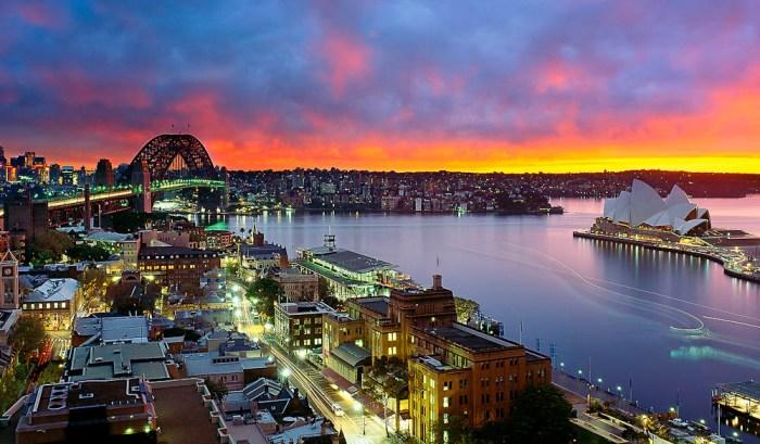 020.-Sydney-Harbour-Sunrise-Copyright-Mark-Gray