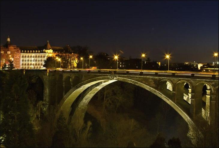 14110 Відомі світові пам'ятки вночі  (часть 2)