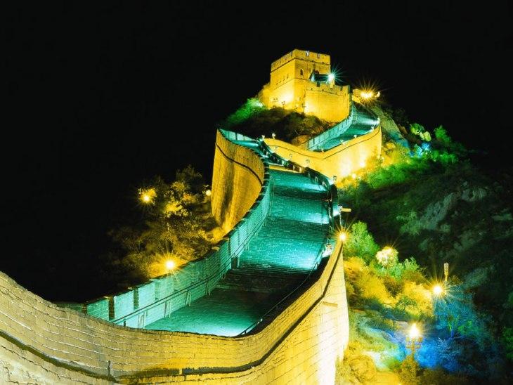 1604 Відомі світові пам'ятки вночі