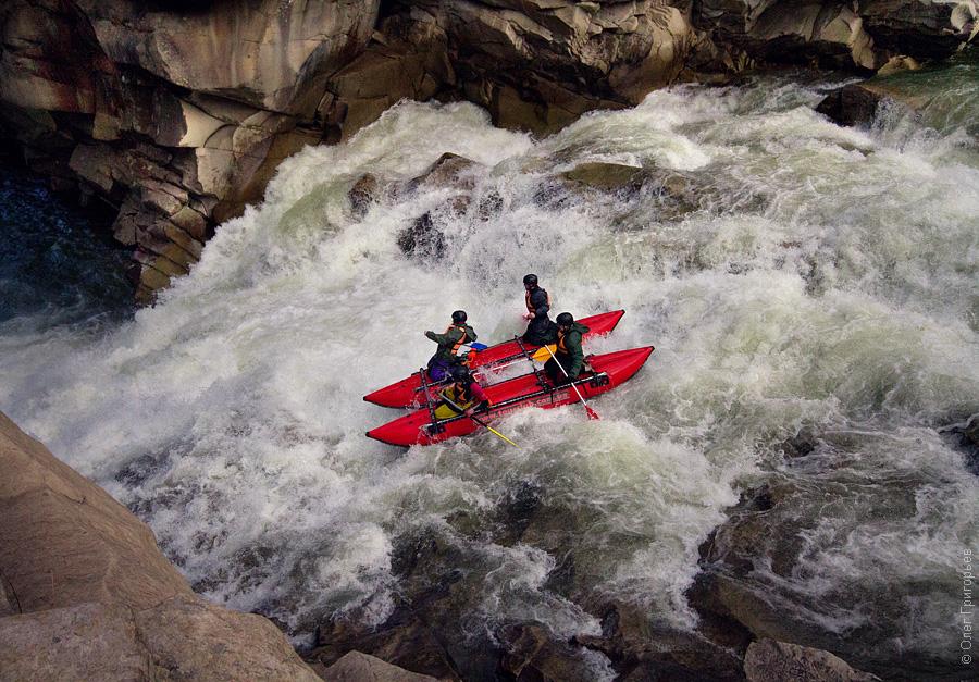 12 ідей як відпочити в Карпатах rafting karpaty 1