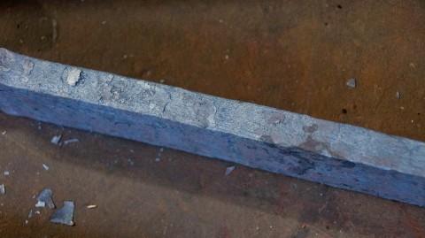 Меч з дамаської сталі