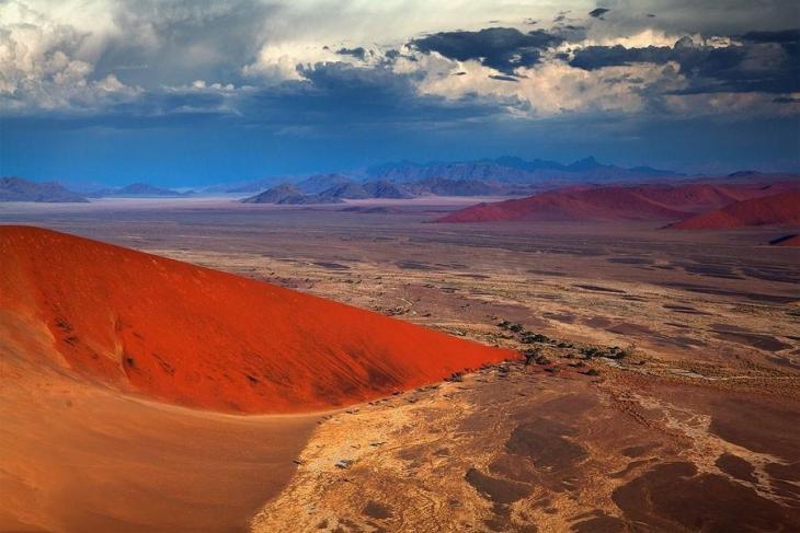 Фантастичні краєвиди пустельної Намібії (16)