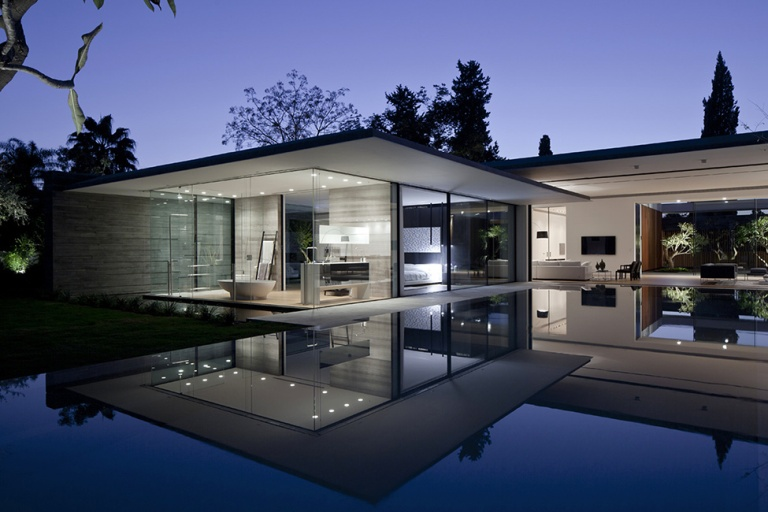 Стильний мінімалістичний будинок на воді
