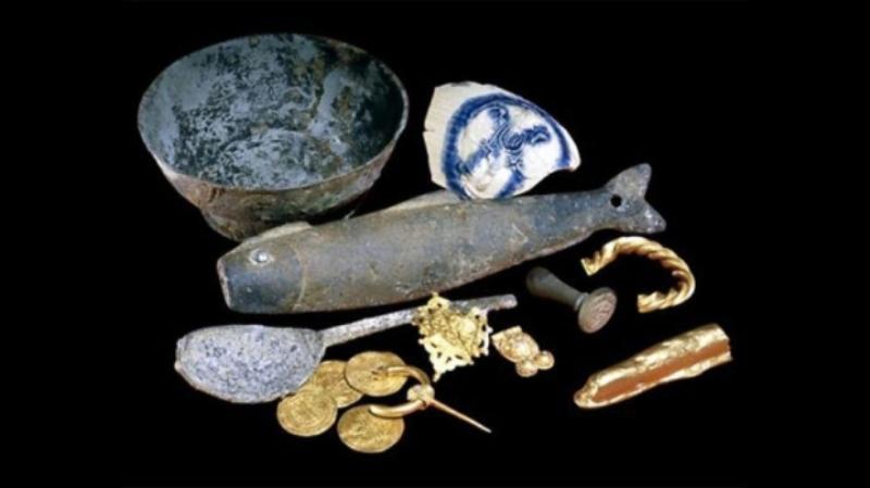 Артефакти, знайдені біля берегів Девону в Англії (200 і 900 м до н.е)