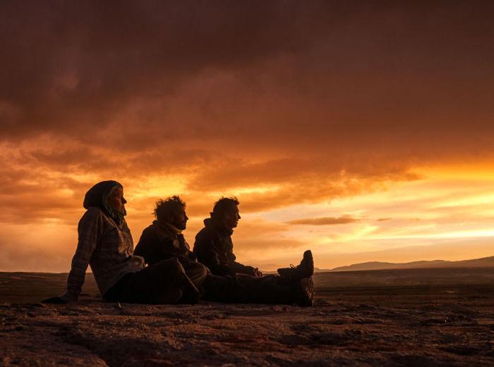 Відпочинок на заході дня. Болівія. Автор фото: Antony Harrison.