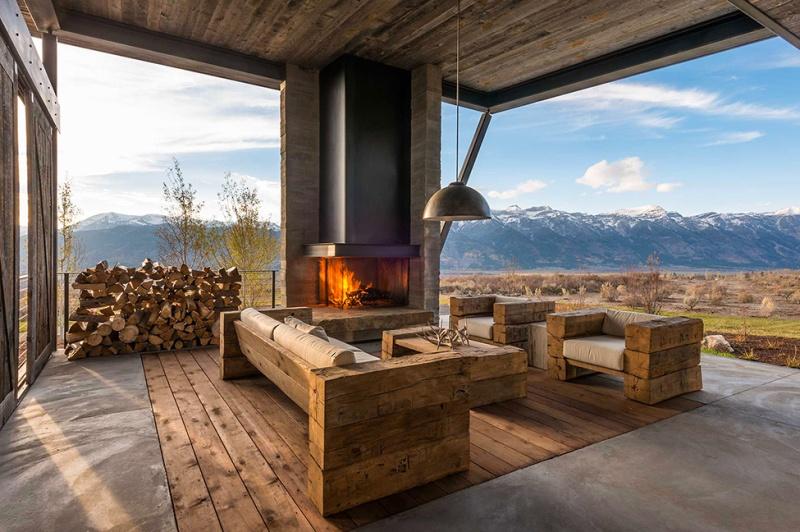 Крутий будинок у горах з каміном на свіжому повітрі в стилі еко (5)
