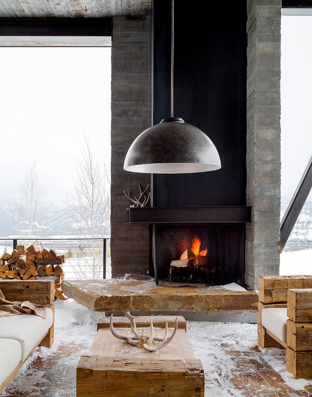 Крутий будинок у горах з каміном на свіжому повітрі в стилі еко (8)