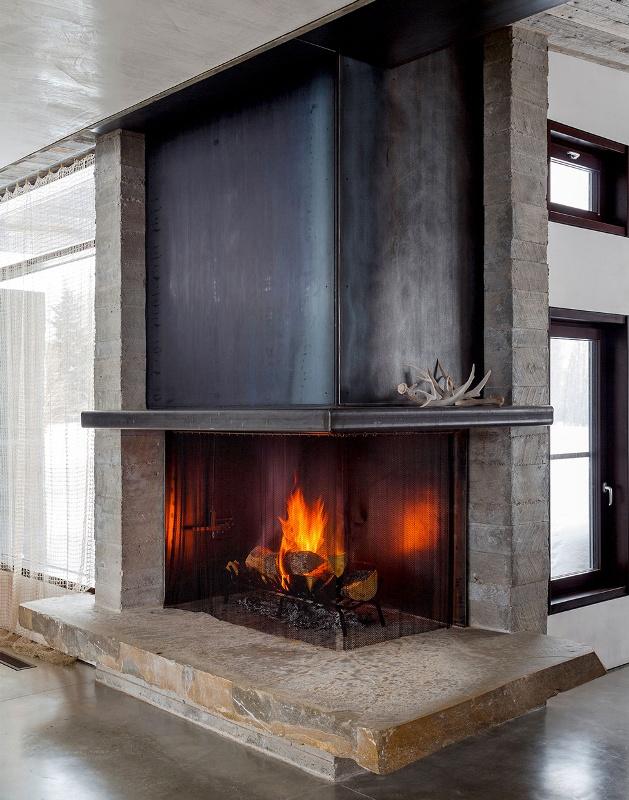 Крутий будинок у горах з каміном на свіжому повітрі в стилі еко (12)