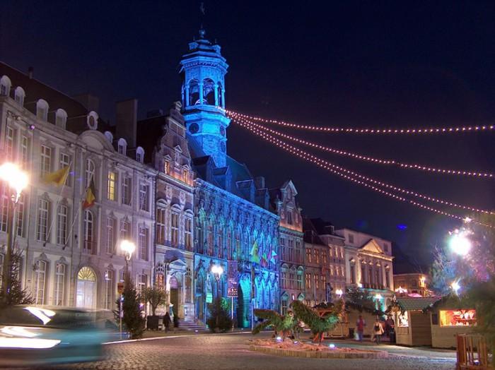 Нічний Монс. Бельгія
