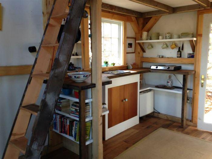 Зручний еко-дизайн маленького будиночка в штаті Коннектикут