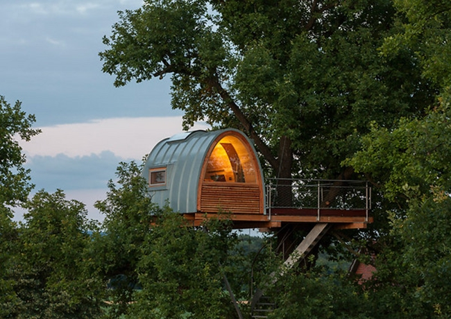 Будинок на дереві в Північній Німеччині