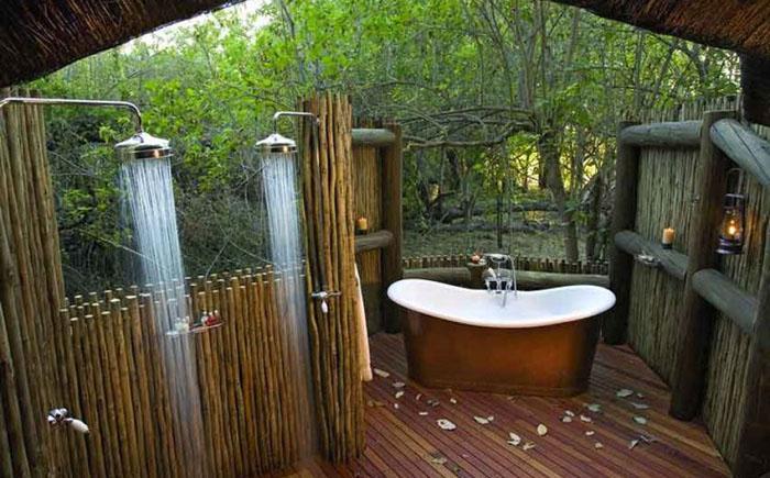 Літній душ з ванною