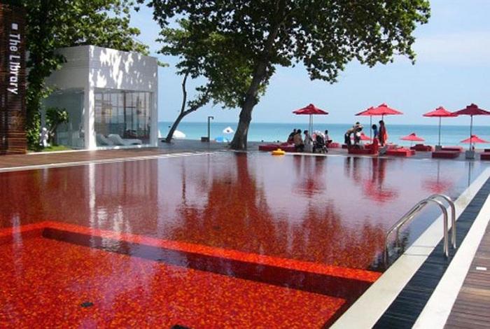 Library Pool в готелі Boutique Beach Hotel в Кох Самуї