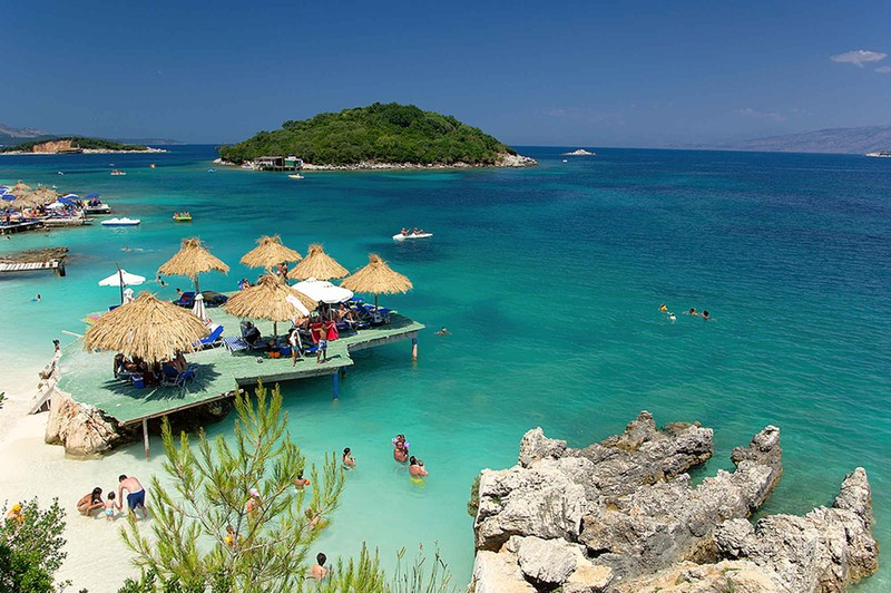10 неймовірно дешевих райських місць, де можна почати нове життя