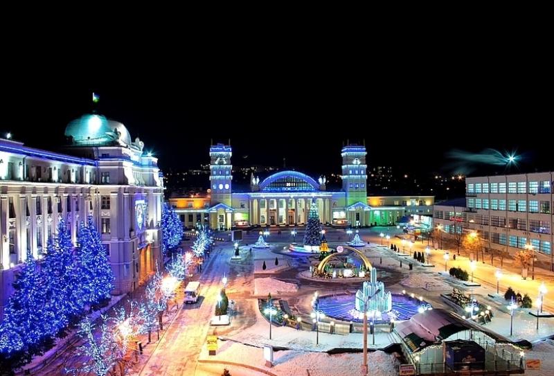 Привокзальна площа (фото: Зеленяк Максим)