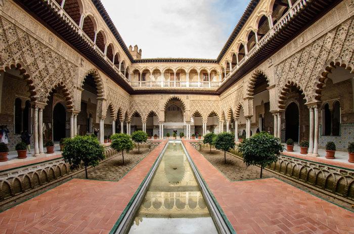 Королівський палац Дорна: Севільський Альксар, місто Севілья, Андалусія, Іспанія.