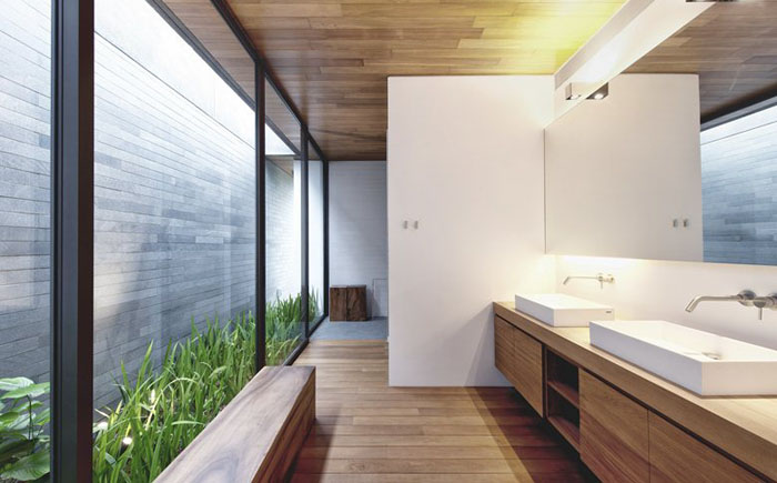 Зелень у ванній кімнаті