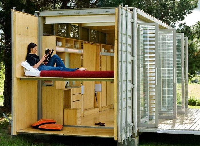 Будиночок з контейнера - чудовий варіант для дачі