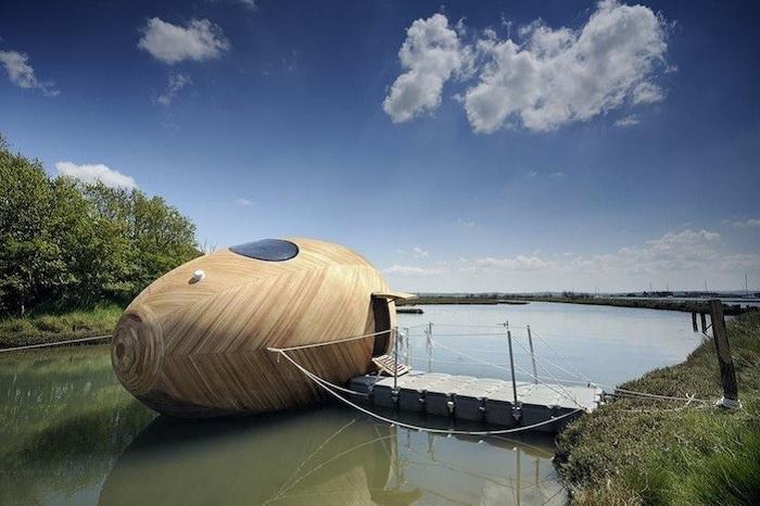 Exbury Egg - дерев'яний плав. засіб