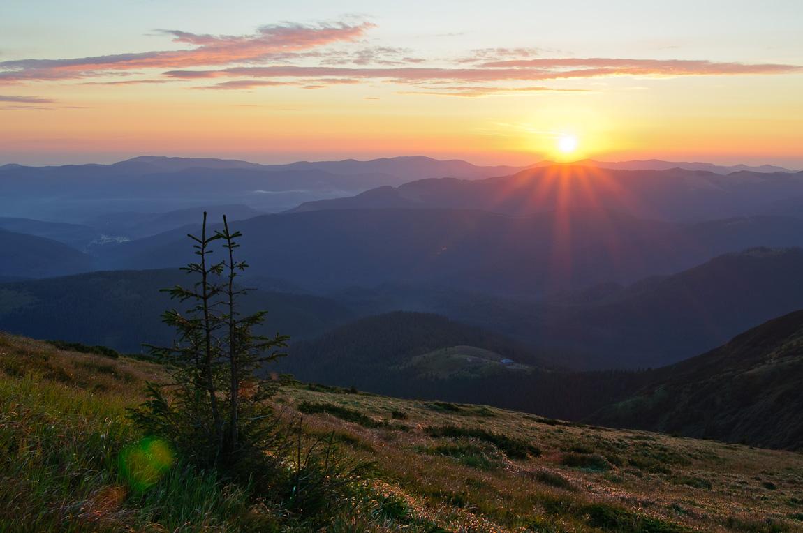 10 найвищих вершин Українських Карпат, які варто підкорити (фоторепортаж)
