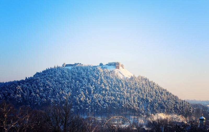 Гора Бона взимку