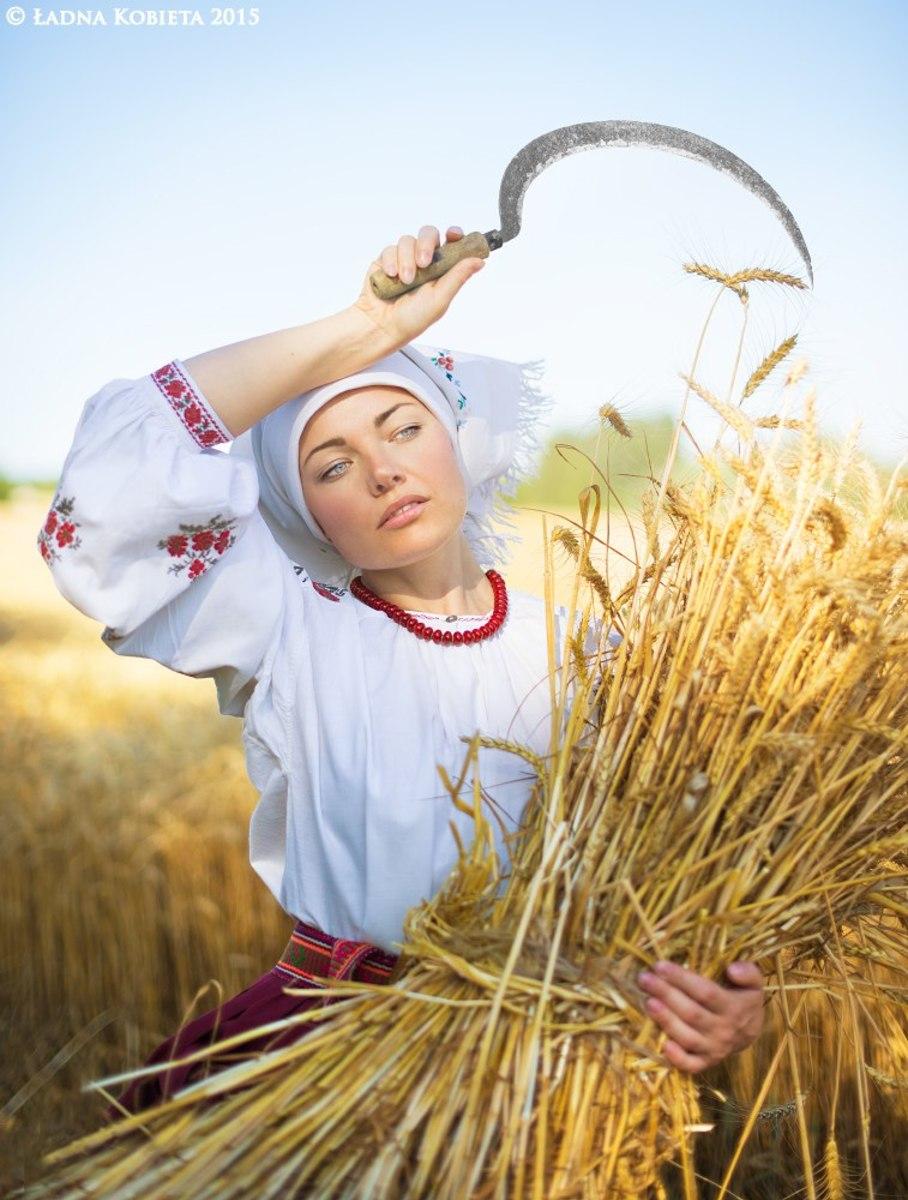 Євро заполонило українська етно еротика 11 фотография