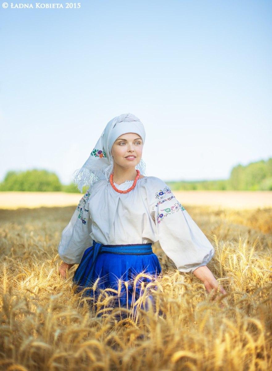 Євро заполонило українська етно еротика 4 фотография