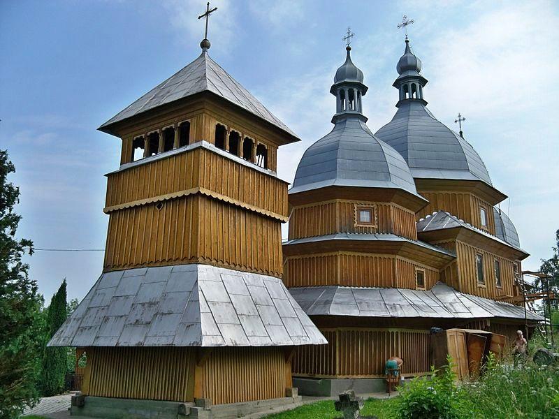 Дзвіниця церкви Св. Миколая фото: Neovitaha777