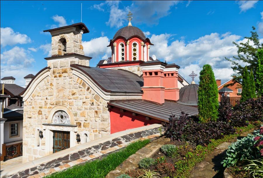 Церква Всіх преподобних Звіринецьких, збудована зовні фото: valery_3