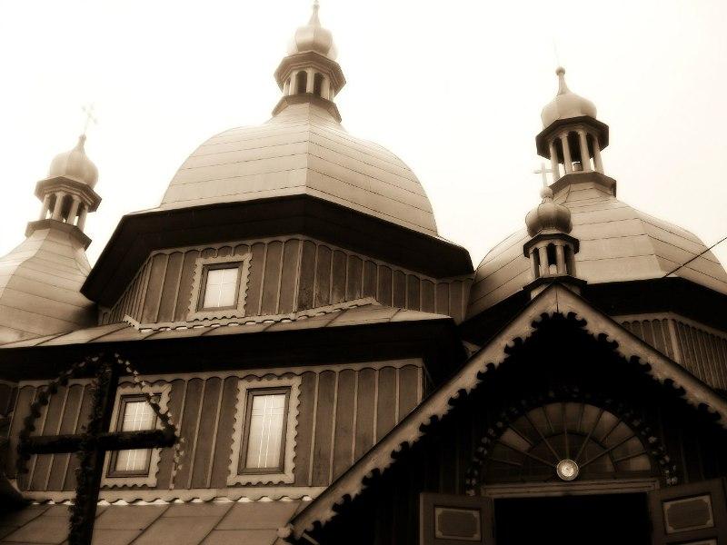 Церква Св. Миколая фото: Ірина Мельник