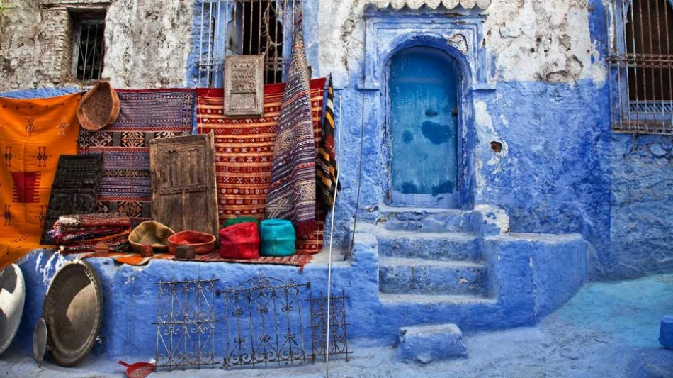 5023405-R3L8T8D-950-lets-travel-to-morocco-chefchaouen-with-sandra-jordan-2-934x
