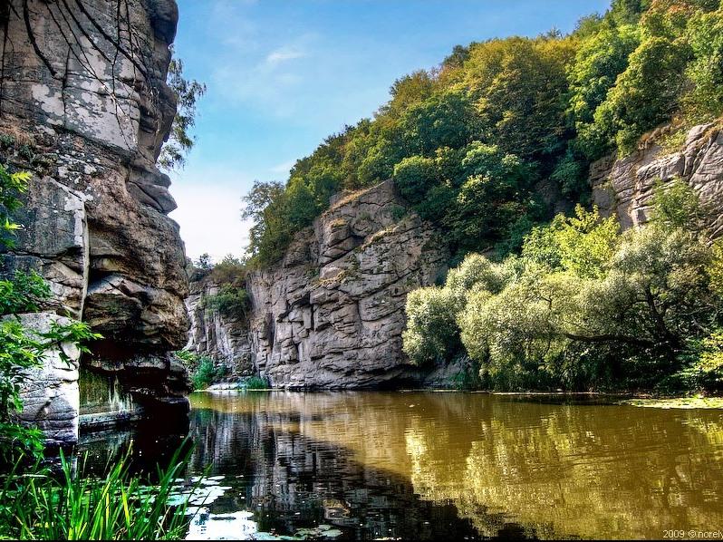 Маленький фіорд у серці України – Буцький каньйон