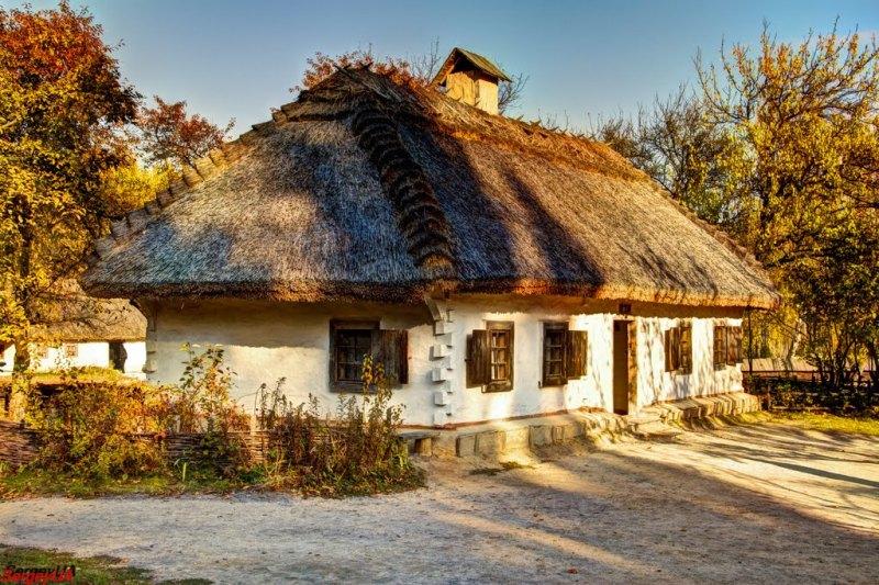 Садиба із села с. Яснозір'я у скансені Пирогово фото: Sergey UA